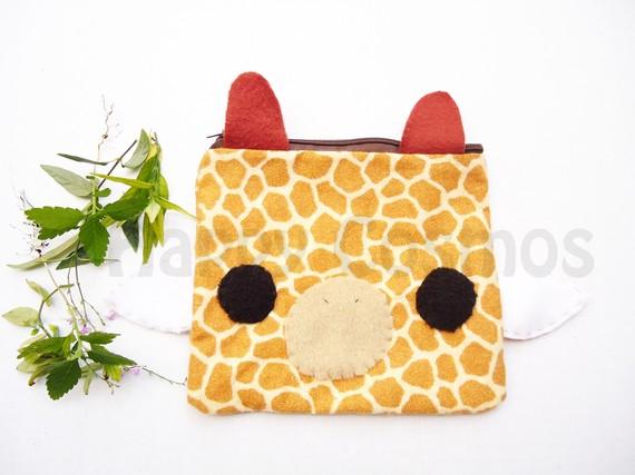giraffe kawaii pencil case